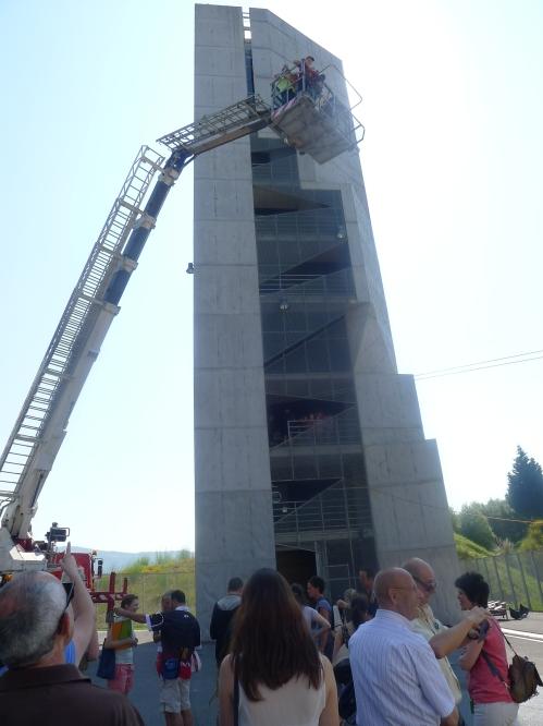 Visita a los Bomberos de Bilbao.Asociación CHERNOBIL elkartea.2013-07-08